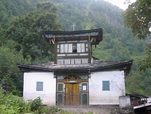 Dimaluo Church, Yunnan Province, China. Photograph by Ross Perlin