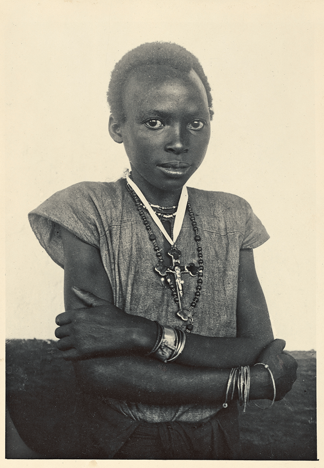 Outdoor portrait of an unidentified person, East Africa, first half of the twentieth century, by an unidentified photographer. Courtesy The Walther Collection