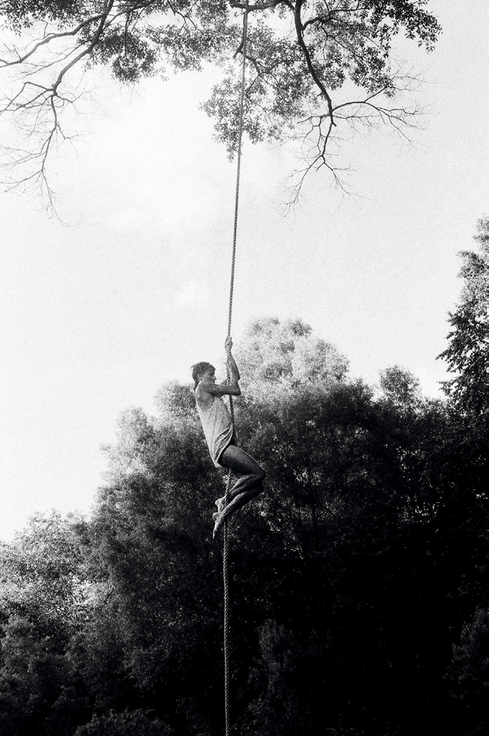 Photograph by Annie Flanagan of Linden Crawford, from their collaboration All in One Piece © The artist