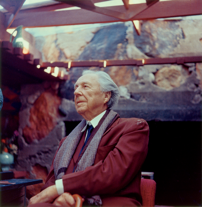 Frank Lloyd Wright at Taliesin West, 1955, by John Amarantides © The Frank Lloyd Wright Foundation Archives/The Museum of Modern Art/Avery Architectural & Fine Arts Library, Columbia University, New York City